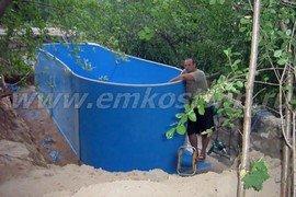Овальный пластиковый бассейн